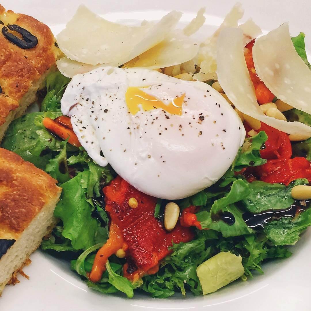burger-berg-salad